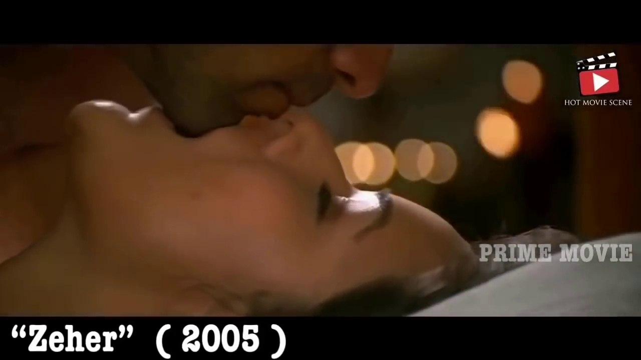 Hot & Sexy bollywood kissing - Emraan hashmi