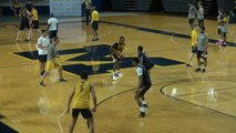 Inside Michigan Basketball Practice (2-on-2 action)