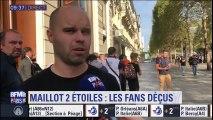 """""""On nous a dit que le maillot n'était pas disponible aujourd'hui"""", regrette ce supporter devant la boutique Nike des Champs-Elysées"""