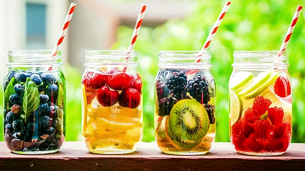 5 Delicious Fruit-Infused Water Recipes To Drink Instead Of Soda