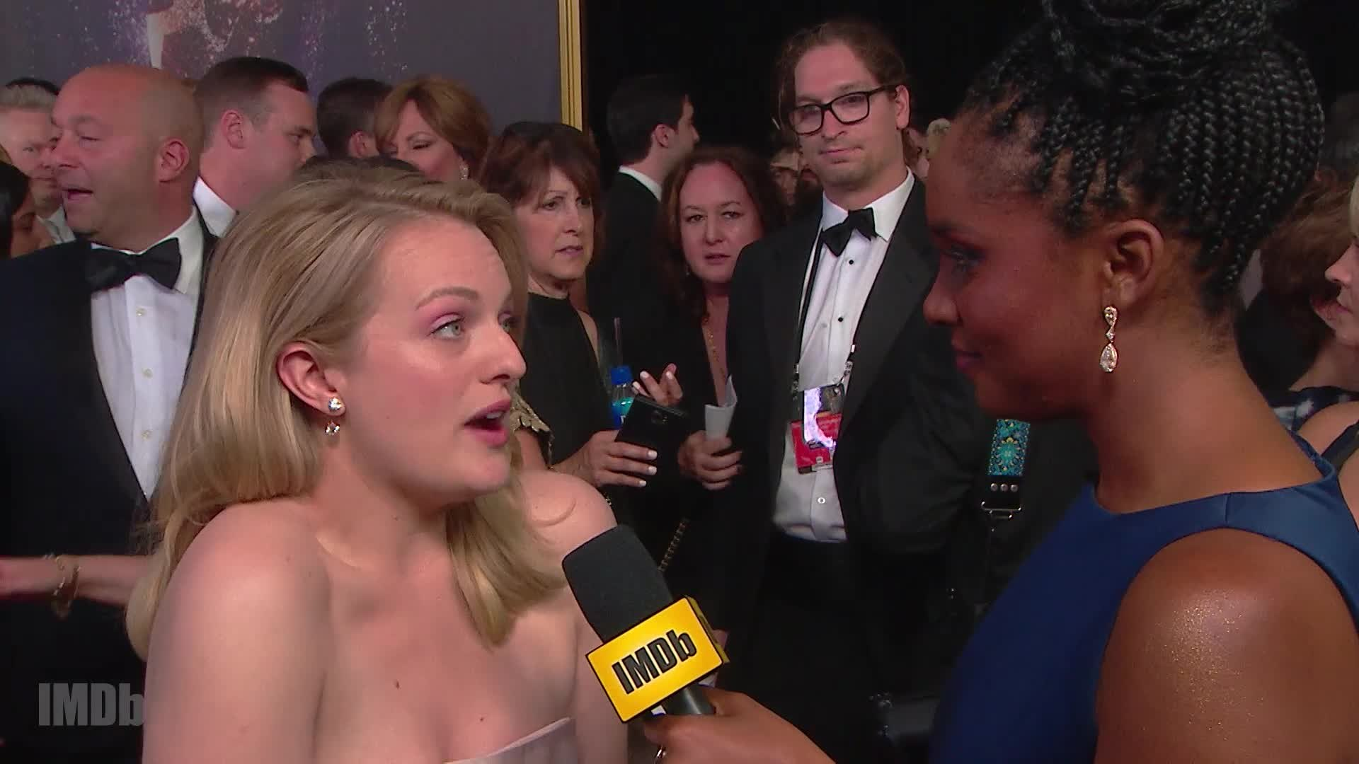 Elisabeth Moss Reveals Her Favorite Stars and Shows
