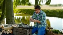 Jamie and Jimmyâs Friday Night Feast S01 - Ep04 Kirsty Allsopp HD Watch
