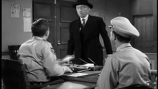 The Andy Griffith Show S01E28 Andy Forcloses
