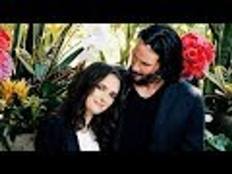 Winona Ryder Thinks She Married Keanu Reeves For Real On The Set Of Dracula