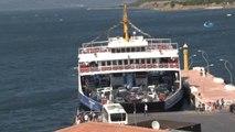 Çanakkale'de Dönüş Yoğunluğu...dönüş Yoluna Geçen Tatilciler, 3 Kilometrelik Araç Kuyruğu Oluşturdu