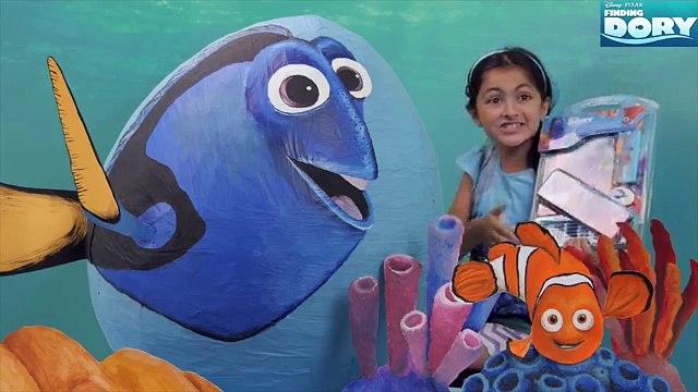 Giant Disney Finding Dory Toy Surprise Eggs Giant Toy Surprises Mashems Dory Nemo Hank She