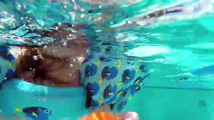 Disney Finding Dory Water Toys | Kids Playing in the Pool with surprise toys