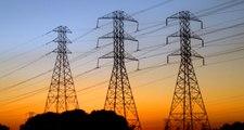 Son Dakika! Siirt'te Yüksek Gerilim Hattı Kabloları Kalabalığın Üzerine Düştü: Çok Sayıda Yaralı Var