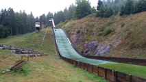 Démonstration au tremplin de saut à ski de Lispach à La Bresse