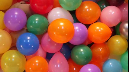 Most Balloons Blown Up in One Hour!   Guinness World Records: Officially Amazing   Universal Kids