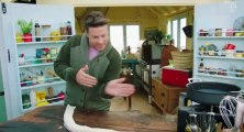 Jamie and Jimmyâs Friday Night Feast S05 - Ep02 Joanna Lumley, Pastry Snake & Curry HD Watch