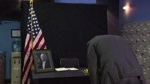 """L'omaggio del Vietnam all'ex prigioniero """"eroe"""" John McCain"""