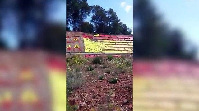 El español anónimo que saca de quicio a los separatistas convirtiendo la estelada en bandera de España