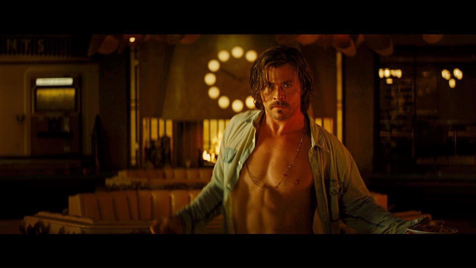 Chris Hemsworth Dakota Johnson In Bad Times At The El Royale