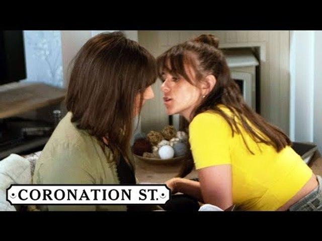 Coronation Street spoilers: Paula and Sophie kiss! (Week 36)
