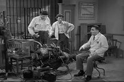 The Andy Griffith Show S05E17 Goober Takes a Car Apart