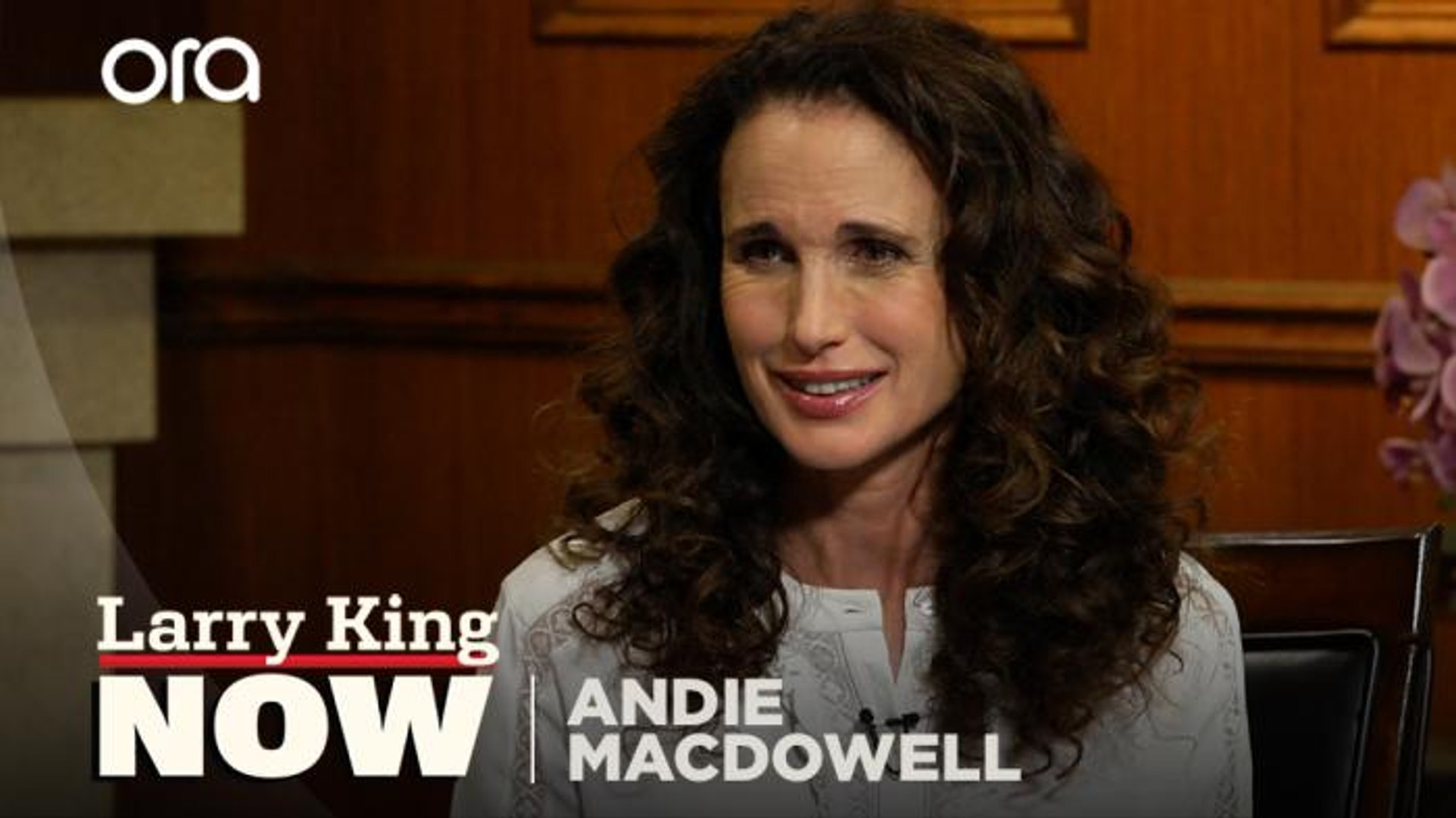 Andie Macdowell Nackt andie macdowell opens up about her first nude scene