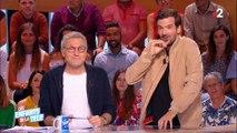 """Marc-Antoine Le Bret imite Stéphane Plaza face à l'animateur dans """"Les enfants de la télé"""" et c'est très drôle ! Regardez"""