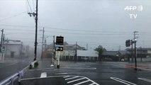 Le Japon touché par le plus violent typhon en 25 ans