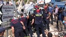 Elektrik direğine çarpan aracın hız kadranı 120'de takılı kaldı..Kazada 2 kişi hayatını kaybetti