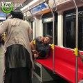 Il se fait virer du métro pour écouter sa musique fort sans écouteurs !