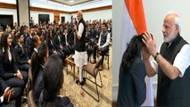 PM Modi meets Asian Games 2018 medal winner | Oneindia News