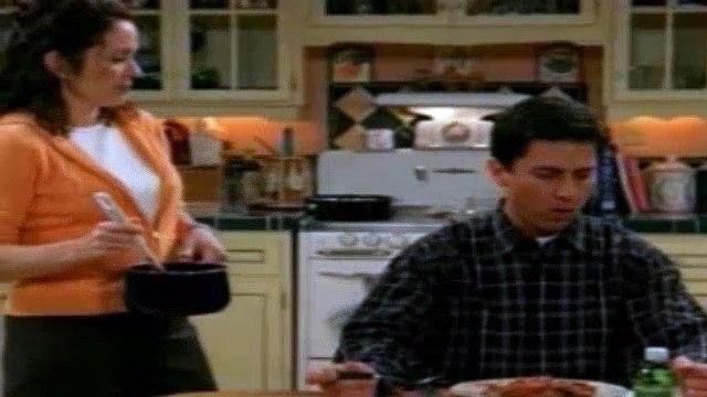 Everybody Loves Raymond S04E18 - Debra Makes Something Good