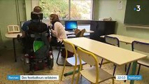 Rennes : des footballeurs professionnels rendent visite à des enfants hospitalisés