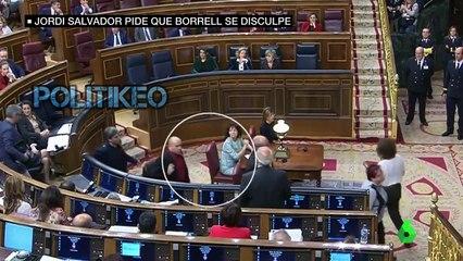 """El """"escupitajo"""" de Jordi Salvador (ERC) a Borrell en el Congreso"""