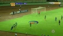 Il tacle son adversaire à la gorge en plein match de foot en tanzanie