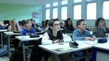 Enseigner au numérique : interactions entre élèves et machine