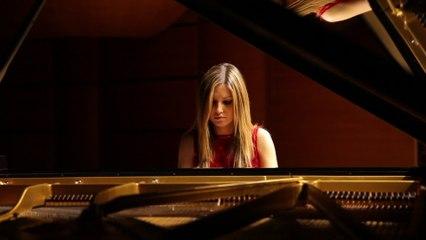 Vanessa Benelli Mosell - Scriabin: Etude In D Sharp Minor Op. 8 No. 12