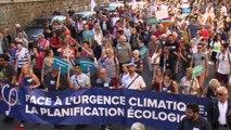 CHANGEONS LE SYSTEME PAS LE CLIMAT Marche pour le climat à Paris le  8 /9/ 2018