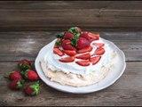Pavlova con Frutos Rojos | Postre con frutos rojos