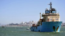 """Pacifique : le bateau """"Ocean Cleanup"""" va tenter de nettoyer l'océan de ses plastiques"""