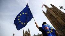 """Brexit : Barnier estime """"réaliste"""" d'arriver à un accord """"d'ici six ou huit semaines"""""""