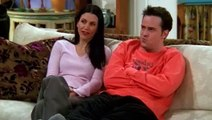 Friends S06E14 The One Where Chandler Can't Cry
