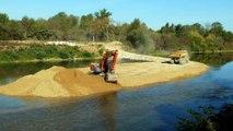 Dole : chantier en cours à la confluence du Doubs et de la Loue