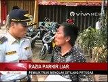 Razia Parkir Liar, Sejumlah Truk Ditilang Petugas