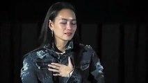 Bee Namthip bật khóc trước tình cảm của các fan