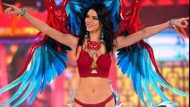 Kendall Jenner NUDES Leaked And Twitter Reacts By Body Shaming Her Skinny Figure