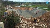 Obras em barragem na cidade de Linhares