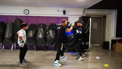 Boxe avec adolescent
