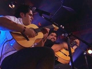 César Menotti - Tá Chovendo Amor / Onde Tem Som De Viola