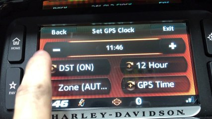 Setting The Clock on the Boom! Box 6.5 Infotainment System