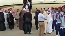 وصل رئيس الوزراء عمران خان إلى المملكة العربية السعودية - عمران خان زيارة المملكة العربية السعودية - عمران خان العمرة Prime Minister Imran Khan arrived in Saudi Arabia - Imran Khan Visit Saudi Arabia - Imran Khan Umrah