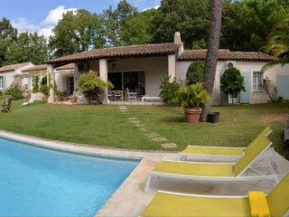 Propriété 7P à proximité de Saint Tropez à vendre GRIMAUD (83310)