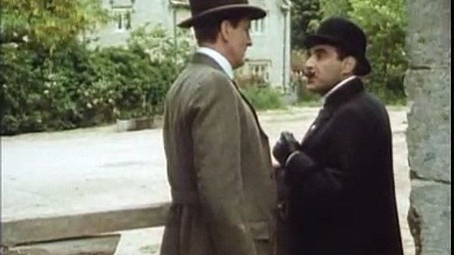 Poirot S03E01 - The Mysterious Affair at Styles (1990) part 2/2
