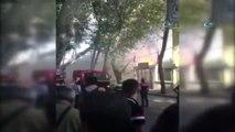Kabataş Erkek Lisesi'nin Yanındaki Binada Yangın