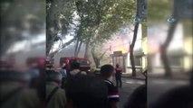 Kabataş Erkek Lisesinin Yanında Bulunan Binada Yangın Çıktı